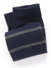 Marine avec la chaussette grise de bande